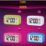 Hình ảnh nguồn hàng Đồng hồ điện tử báo thức để bàn màn hình Led thời trang giá sỉ quảng châu taobao 1688 trung quốc về TpHCM