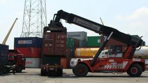 Lấy hàng trực tiếp từ Quảng Châu không hề dễ dàng