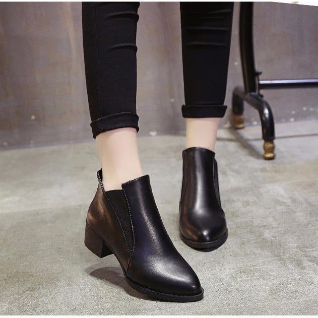 Hình ảnh nguồn hàng Top 10 Giày Bốt (Giày Boots) Bán Chạy Nhất Lazada Tháng Này giá sỉ quảng châu taobao 1688 trung quốc về TpHCM